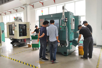 Japan Customers Came to TZJ Testing Equipment